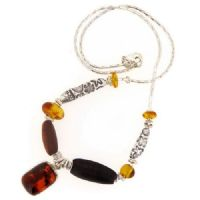 Rectangular amber necklace